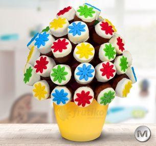 Children cake will make all chilren happy on Easter.http://www.frutiko.cz/en/children-cake