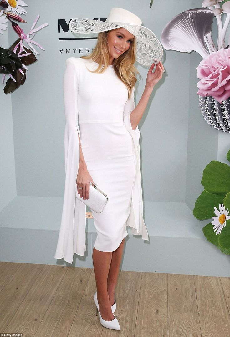 White on! Jennifer Hawkins stunned in an Alex Perry dress and Ann Shoebridge hat as she arrived at the Myer Marquee at 2015 Derby Day