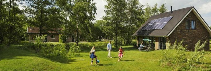 In het bosrijke zuidoosten van Drenthe vindt u bungalowpark Landal Aelderholt. Het is hier heerlijk ontspannen, uw bungalow ligt midden in de natuur. En de kinderen, die vermaken zich urenlang in het indoorspeelparadijs.