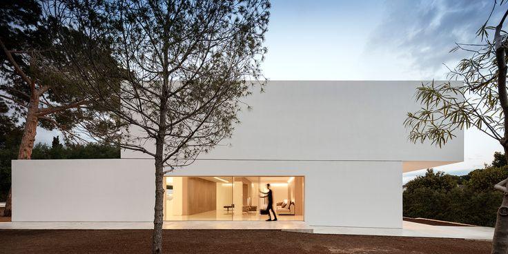 Fran Silvestre Arquitectos | CASA ENTRE LA PINADA