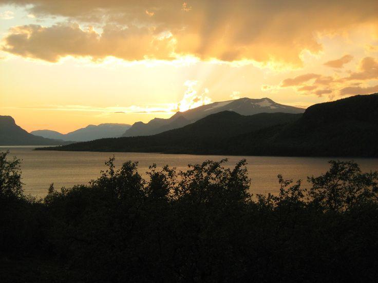 Vy från Saltoluokta upp mot Stora Sjöfallet