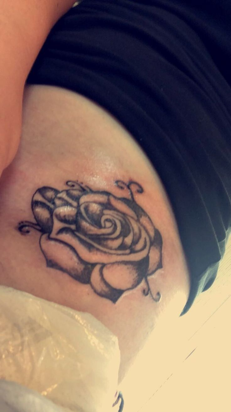 First tattoo on my hip bone...it hurt but not as bad as people make it out to be. Looks dirty because i literally just got it not sure if i'm gonna fill it in with blue yet or not...