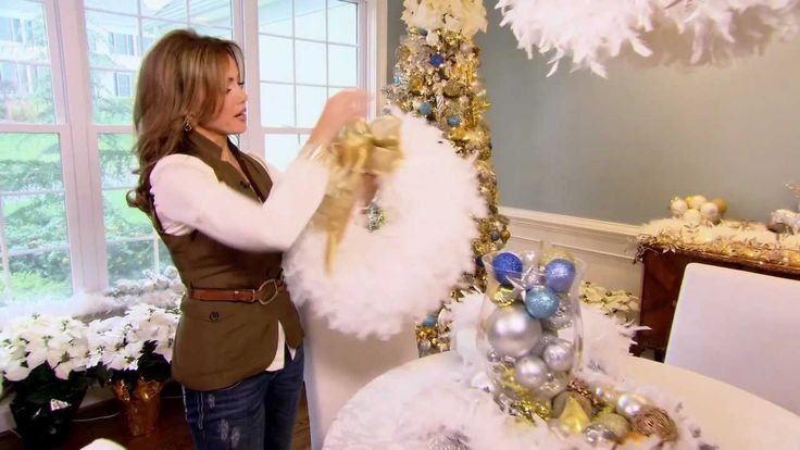 How to Make a Feather Boa Wreath with Lisa Robertson, via YouTube.
