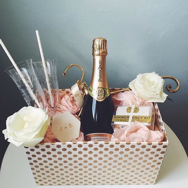 We envy the bride- and groom-to-be who received this sumptuous #engagement gift basket from @deirdrepelrin!
