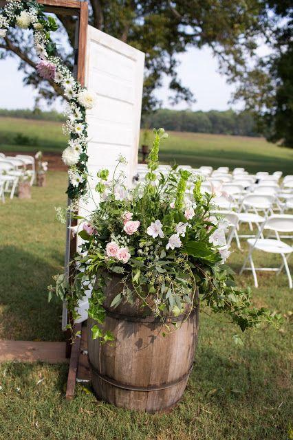 Hannah and Joe's Wedding by Kendra Martin - Part I {Ceremony} | Lenora's Legacy Estate www.lenoraslegacy.com