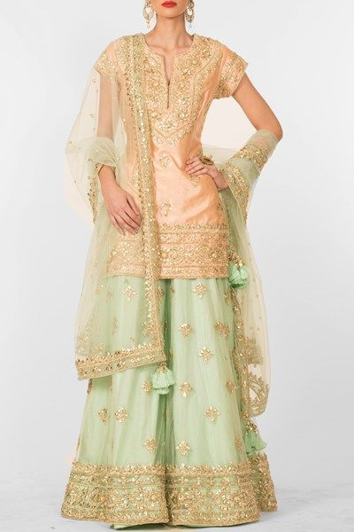 Peach embroidered sharara set. #carma #carmaindia #designer #luxury #diwali #festiveseason #elegant #fun #cute #chic #preetiskapoor #cropthetop #tops #shopnow #onlineshopping #bollywoodstyle #celebritystyle #ootd #indianfashion #mushave #sale #bestbuys #indianwearonline #designershararaonline #peachsharara #buyethnicwearonline #wedding #bride