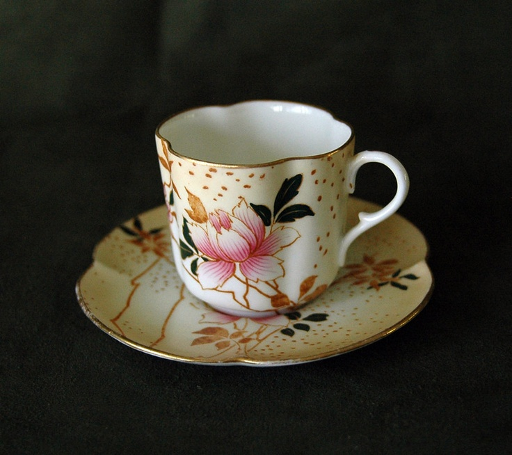Blush Ivory Cabinet Tea Cup and Saucer by Doulton Burslem. $125.00, via Etsy.