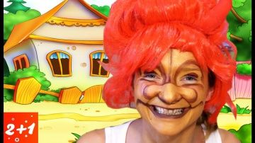"""http://video-kid.com/13818-title.html  ⛺️Мама решила сделать сюрприз✨ и наложить макияж на хэллоуин из мультфильма тролли. Получилось очень весело. Герои из мультика очень прикольные и гримм подлучился как буд то из сказки для детей.My mother decided to make a surprise and put makeup on Halloween cartoon of trolls. It was very fun. Heroes of the cartoon is very funny and Grimm subray a bud from a fairy tale for children.Новые серии  """"Мульти Пульти Осень"""": Все серии """"Активное Лето"""": СМОТРИТЕ…"""