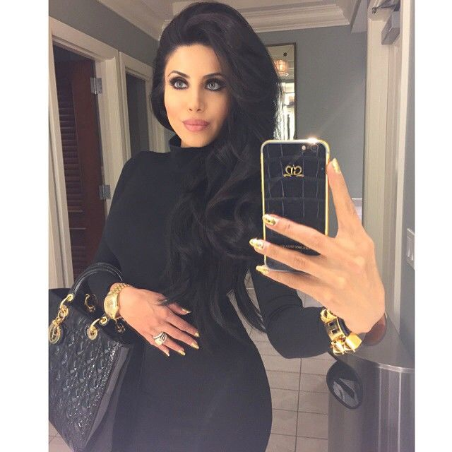 Leyla Milani-Khoshbin @leylamilani Instagram photos | Websta #BlackandGold bathroom selfie. Thank you @goldendreamsgeneva for my custom iPhone. Hair volume courtesy of my #BigHairDontCarePowder & #BigTeaseComb both available at all @rickys_nyc locations in NY and Miami!