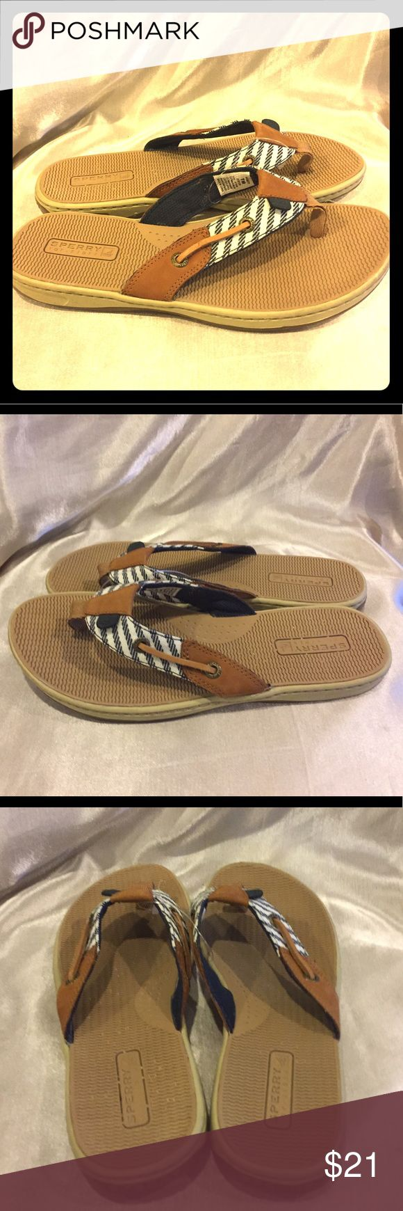 Sperry  Blue and White striped flip flops things 7 Sperry Top sider blue striped leather Thong Flip Flops Size 7 EUC see pictures Sperry Top-Sider Shoes Sandals