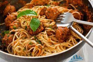 Authentic Gluten Free Spaghetti and Meatballs Recipes: http://glutenfreerecipebox.com/gluten-free-spaghetti-and-meatballs/