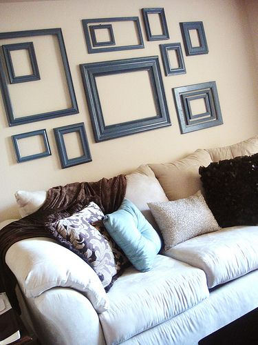 Love the lookDiy Apartments, Diy Frames Wall Art, Blank Wall, Empty Frames, Living Room, A Frames, Pictures Frames, Frames Art, Art Frames Wall