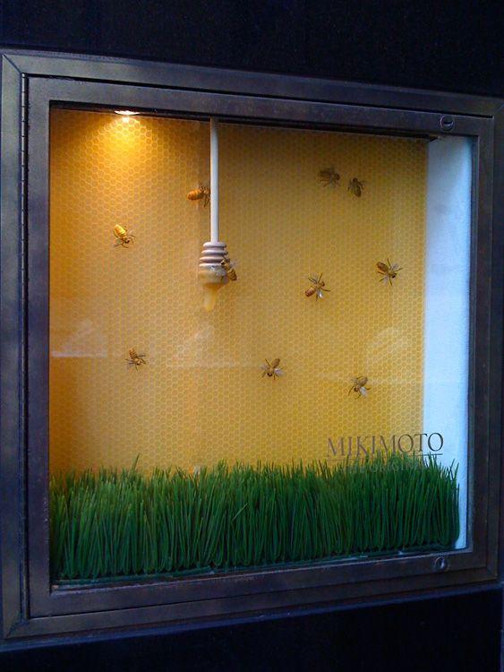 Mikimoto Pearls, Manhattan NY - Spring 2009  via Graham Owen Gallery