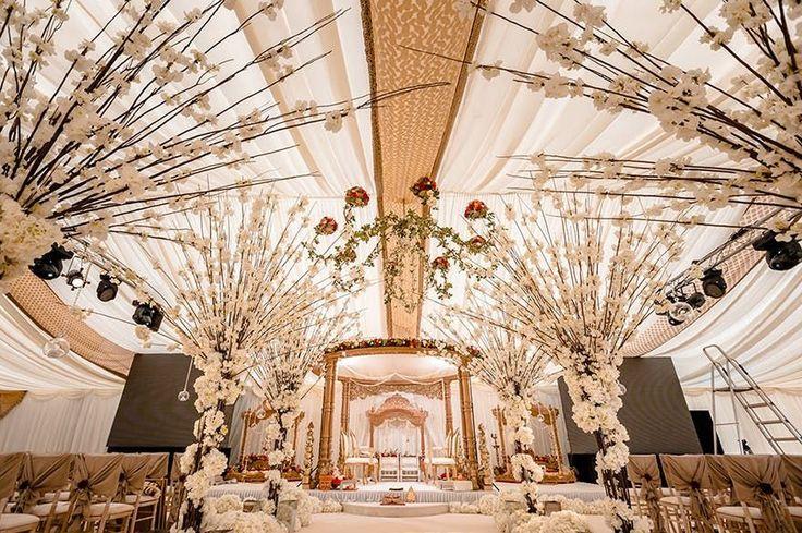 Asian Wedding Venues: Magnificent Asian Wedding Venue Inspiration – Geek #Wedding #Asian #Geek