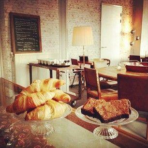 Haarlems nieuwste aanwinst: Bar Wolkers. Ontbijt en lunch in vintage sfeer met uitzicht op het Spaarne. Blog nu online!