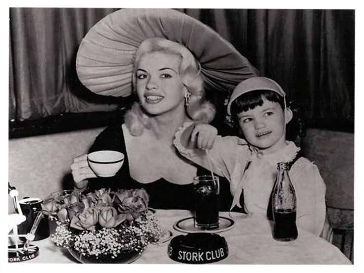 Jayne mansfield and his daughter jayne marie.