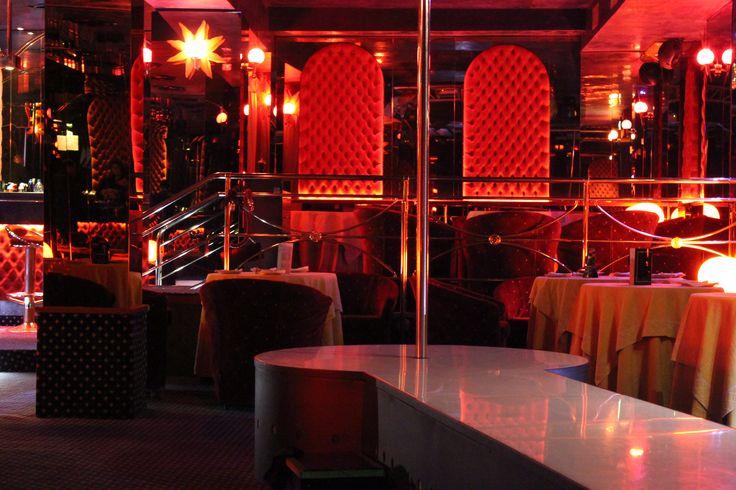 Pin En Strip Clubs
