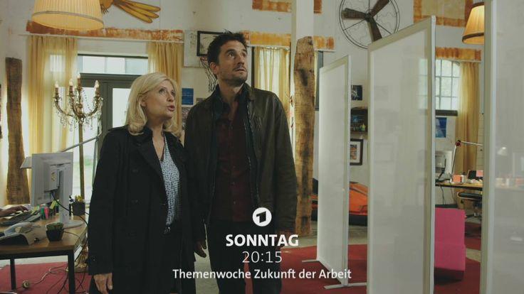 """Ein Unfall oder Mord? Lürsen und Stedefreund alias Sabine Postel und Oliver Mommsen nehmen am Sonntag die Ermittlungen auf – im """"Tatort: Echolot""""!"""