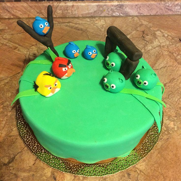 "Тортик ""Angry Birds"", внутри ""Клубника со сливками""."