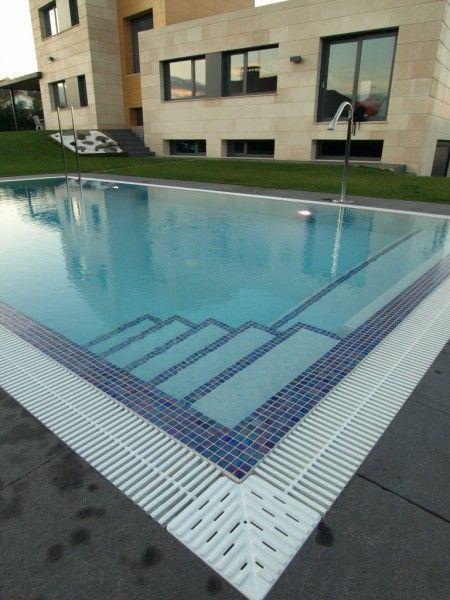 Resultado de imagem para escalera de obra para piscina - Piscinas sin obra ...