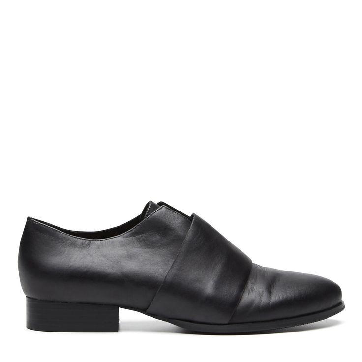 HARLEQUIN BELLE Dusk Low Heel in Black // SHOP at https://cliquearcade.com.au/brands/84-harlequin-belle/1377-dusk-low-heel-black