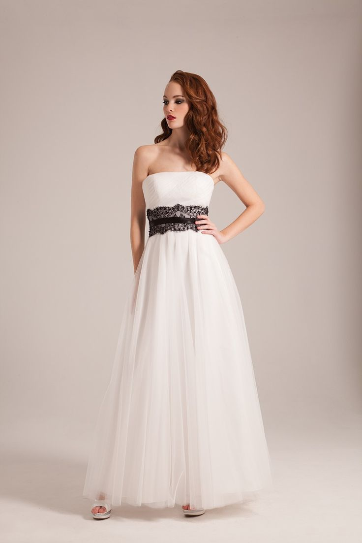 robe de mariée avec ceinture en dentelle noire  Collection 2017 de ...
