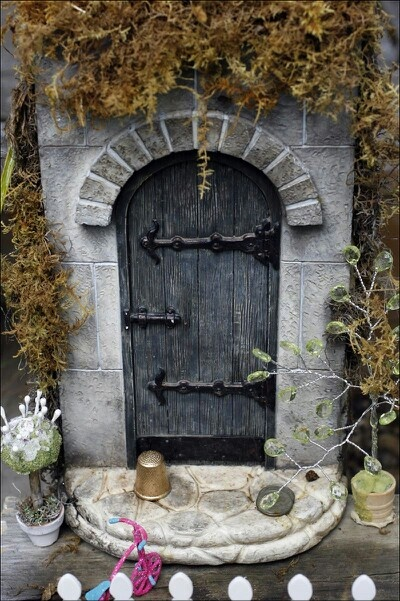 399 best images about garden gnomes fairy doors on for Miniature fairy garden doors