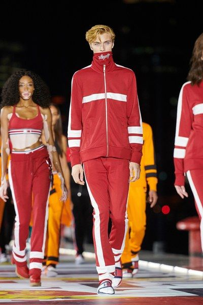bc3a7d53 Tommy Hilfiger Fall 2018 Ready-to-Wear Fashion Show in 2019 | The ...