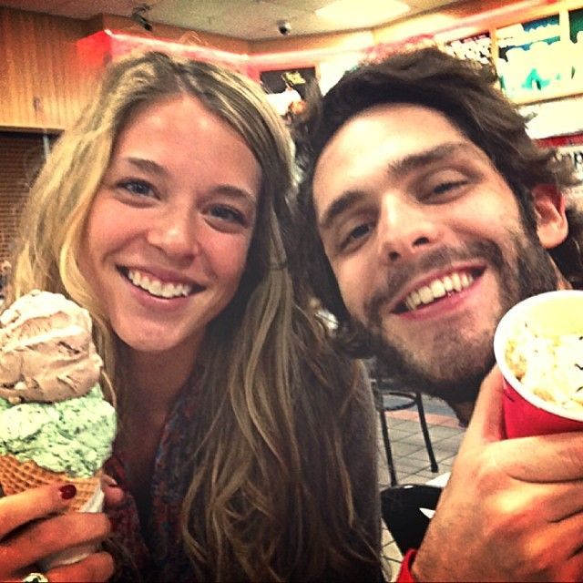 32 Times Thomas Rhett & His Wife Lauren Were The Definition Of Relationship Goals