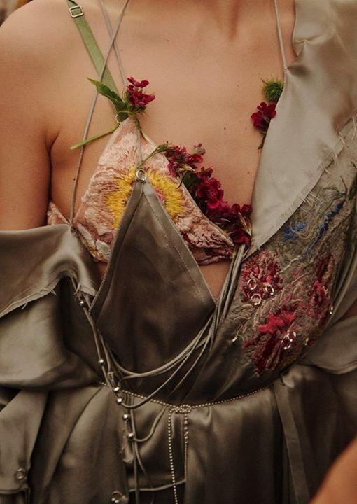 Detal - kwiaty