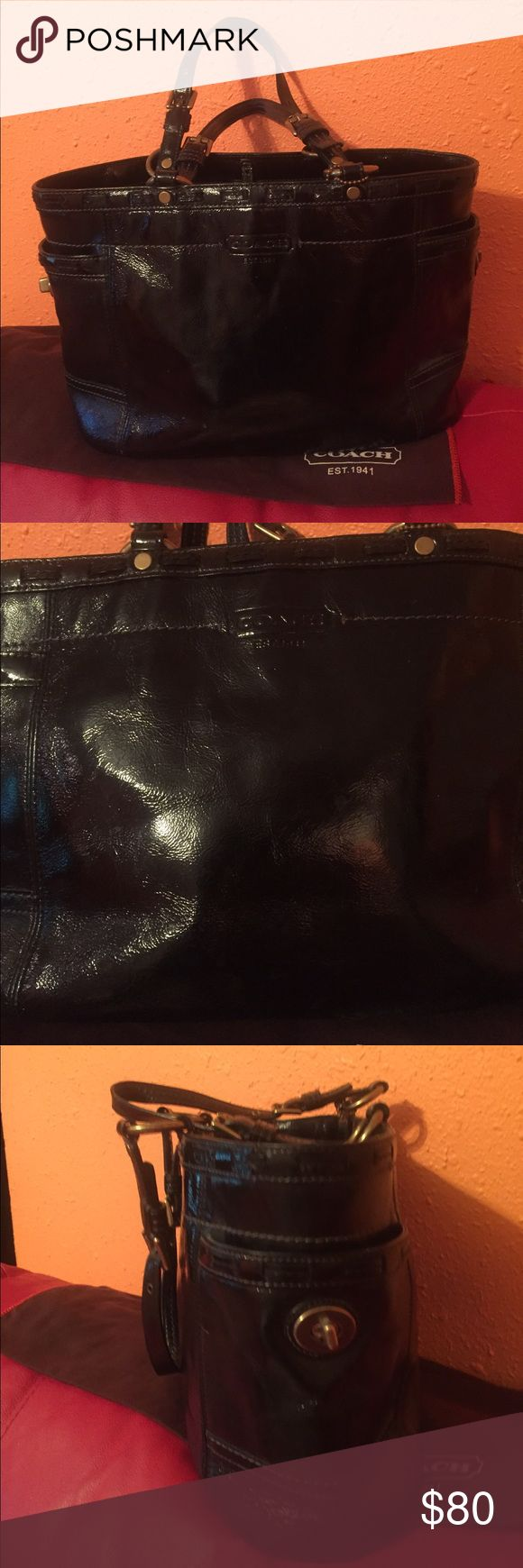 Coach leather bag Nice elegant like new inside so clin like new Coach Bags Shoulder Bags