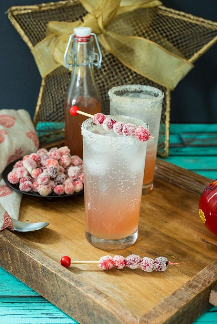 Cranberry Moscow Mule - 15 Compelling Vodka Cocktails | GleamItUp