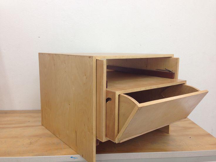 By me... #designing #wood #mesaauxiliar