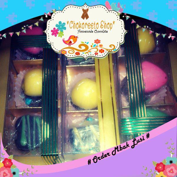 Kotak isi 3 in 6 - Order by Mbak Lusiana Atik Berisi Coklat Rainbow Choc, Mixfruit Choc, Crispy Choc, Jam Choc