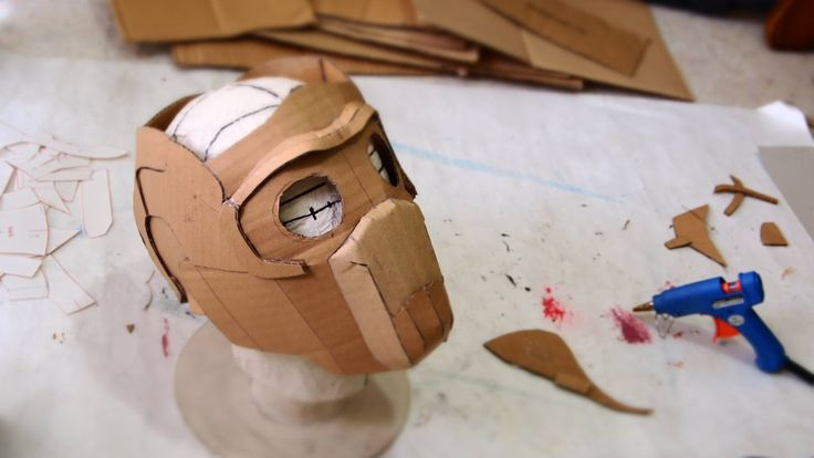 homemade Guardians Of The Galaxy starlord mask using cardboard :) template & reference: http://dali-lomo.blogspot.com/2014/08/guardians-of-galaxy-star-lord-m...