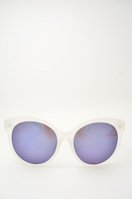 Logos DILETTA clear matte sunglasses #sunglasses #logos #clearmatteframe #bluemirrored #butterfly #butterflyshape #bluemirroredlens #bassanodelgrappa #designglasses #design #cheap online store at www.bassanooptical.com