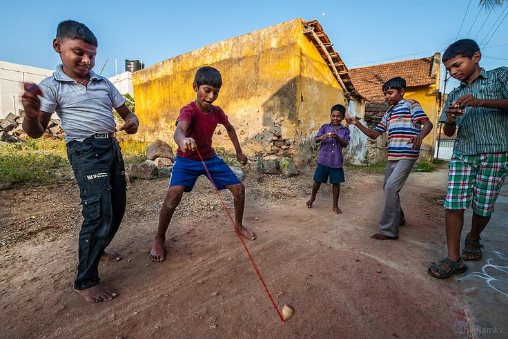 பம்பரம் விளையாட்டு, Gaming Tops, Tamil Nadu, India