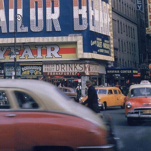 New York City, 1952 © Walker Evans.