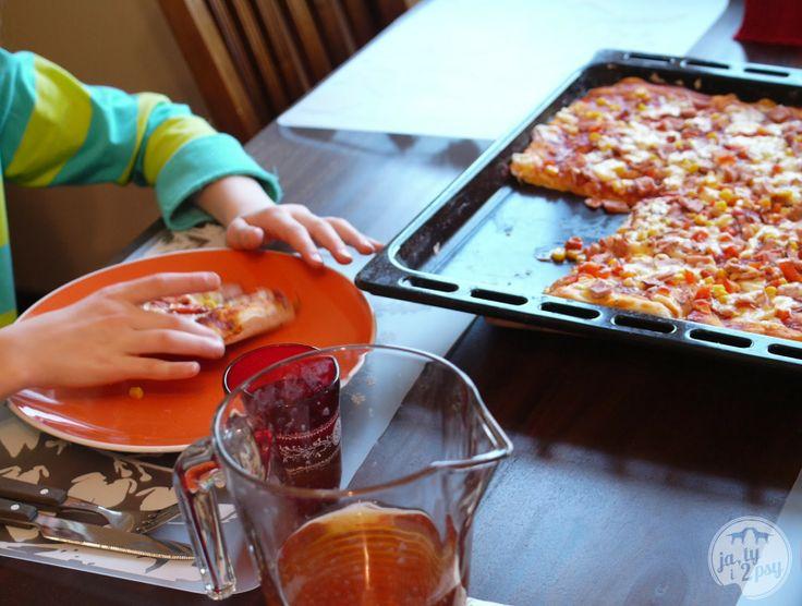 Ja, ty i 2 psy: sunday's pizza