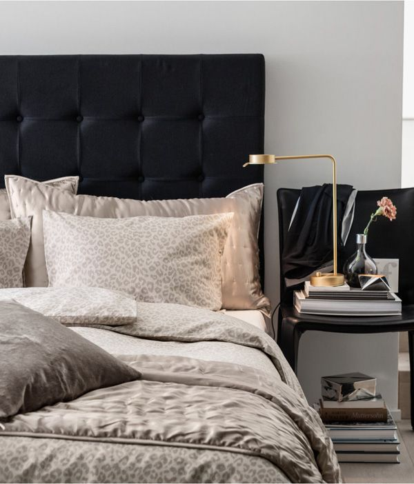 CLICK ON THE IMAGE LINK TO SEE HOW TO GET A SEXY HOTEL BED AT HOME-http://inredningsvis.se/tyger-vs-tapeter/  #hotellsäng #hotell #sovrum #gardiner #headboard #bedroom #inredning #sänggavel