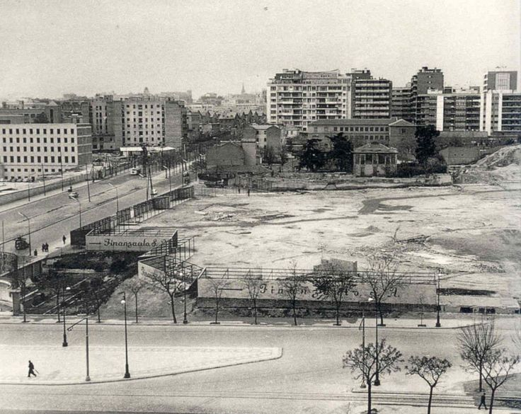 Madrid (Spain). The AZCA's business center, at its first stages (around 1960) / Madrid. El centro de negocios de AZCA antes de comenzar las obras (hacia 1960).