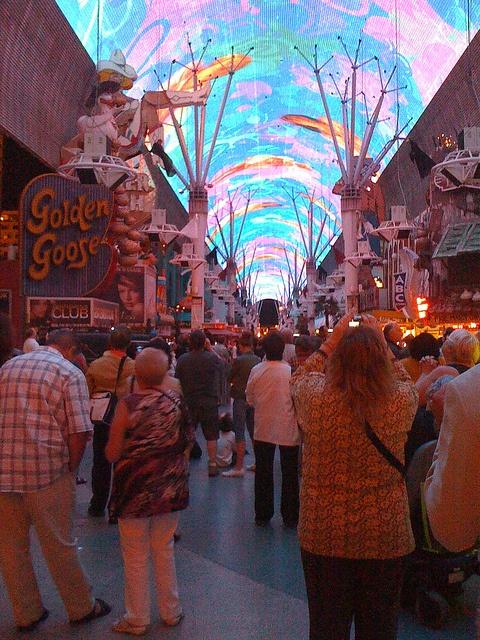 Fremont Experience, Vegas