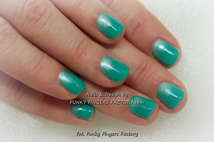 Holiday nails - Gelish Turquoise Ombre Manicure by www.funkyfingersfactory.com
