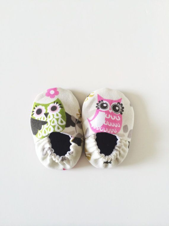 Owl Baby Shoes Baby Girl Booties Fits 03 mos by ChucksForChancho, $19.00