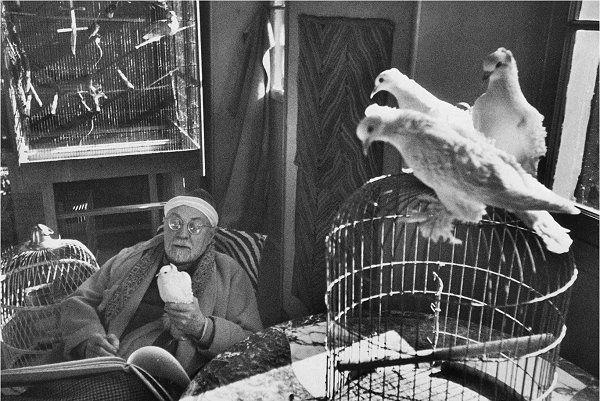 Everything for us (girls): Henri Cartier-Bresson