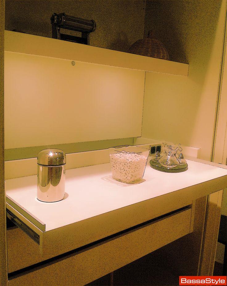 Oltre 25 fantastiche idee su piani di lavoro cucina su for Piani di casa aperti con grandi cucine