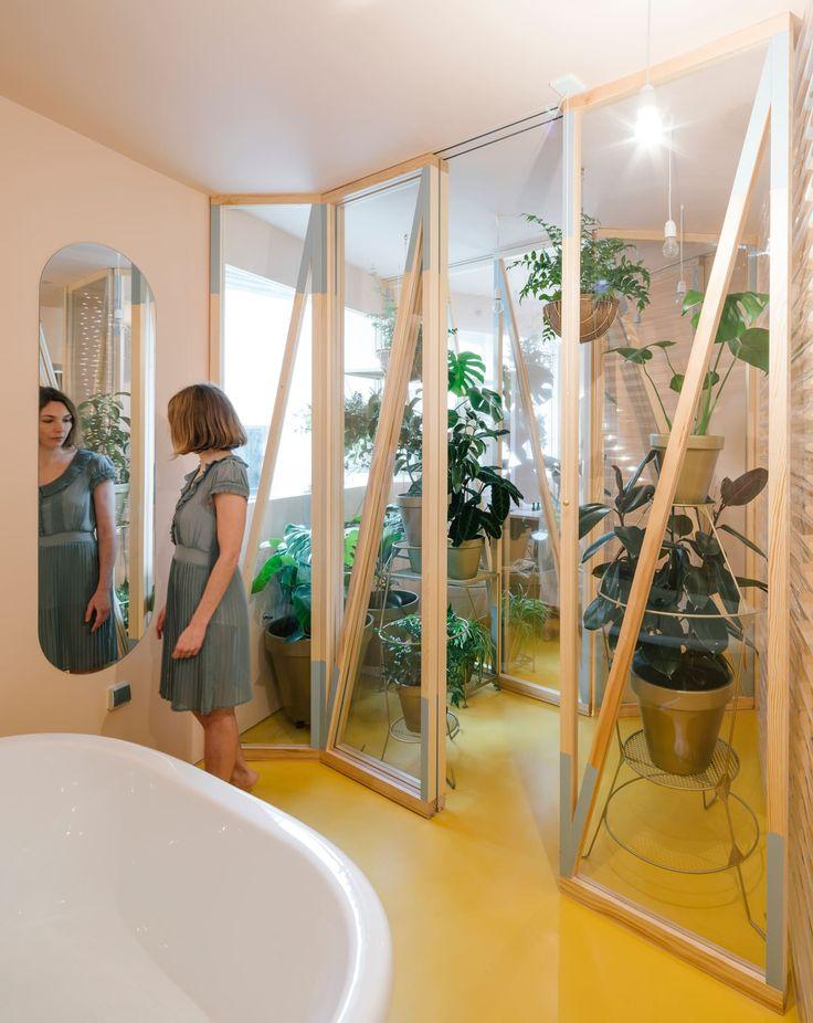 Husos Architects, Miguel de Guzmán · Bathyard Home