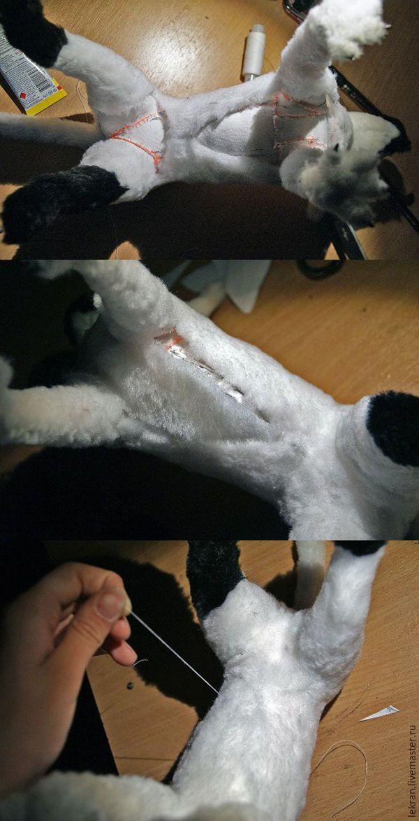 Сегодня я расскажу вам о своём способе создания подвижных игрушек на каркасе в технике «мех+пластик». И покажу на примере фэнтезийного зверька, идея которого пришла ко мне в голову во время унылой работы. Итак, приступим! Для начала соберём каркас. Для этого нам понадобятся:1. Проволока разной толщины. Я использовала медный провод ПВ 1-2,5 для туловища (изоляция не даст проволоке сломаться при…