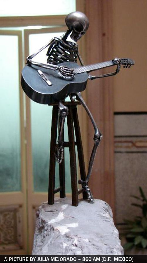 Chek this great website-http;//guitar-p8s3rgw4.topreviewsonlinenow.com
