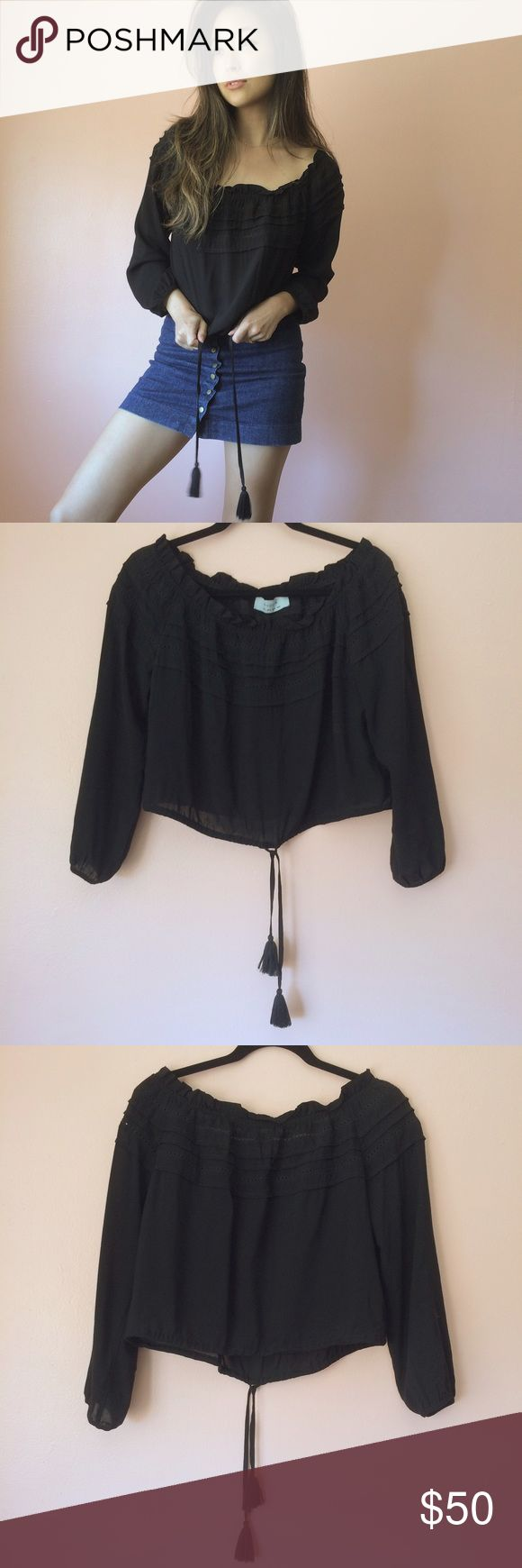 Auguste Gypsy Off Shoulder Peasant Top When it's still Indian summer, throw on this lightweight peasant top by Auguste. Features a smocked neckline, drawstring hem, long sleeves and versatile off the shoulder or not. Wear with denim and delicate gold jewelry. MSRP $135. Fits true to size. Marked US 4/S. No returns allowed. Please ask all questions before buying. IG: [at] jacqueline.pak #auguste #revolve Auguste Tops Blouses